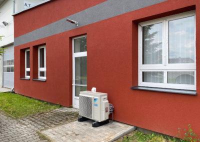 Klimatizace u kancelářské budovy